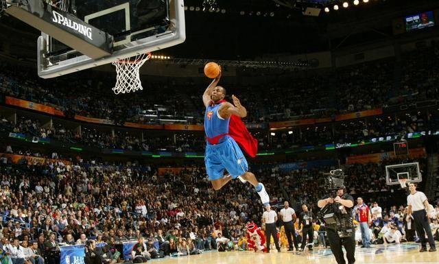 NBA作为世界级别的篮球联赛,除了季后赛备受球迷关注以外
