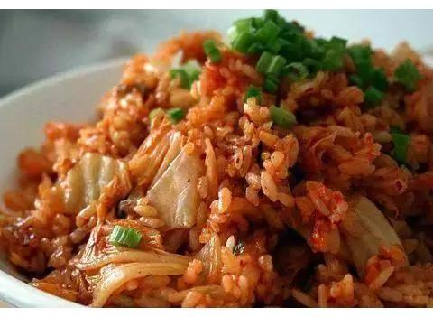 青椒辣子鸡,泡菜炒饭,红烧豆腐,回锅肉的做法