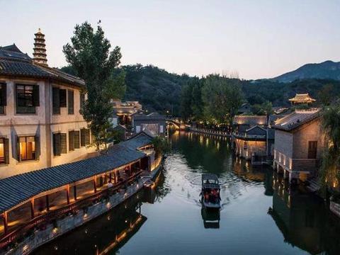 """北京耗资45亿的水乡小镇,诗情画意不输江南,被誉为""""北方乌镇"""""""
