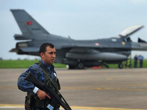 土耳其跟俄罗斯随时闹掰 F-16上门挑衅,五代机采购抛弃苏57战机