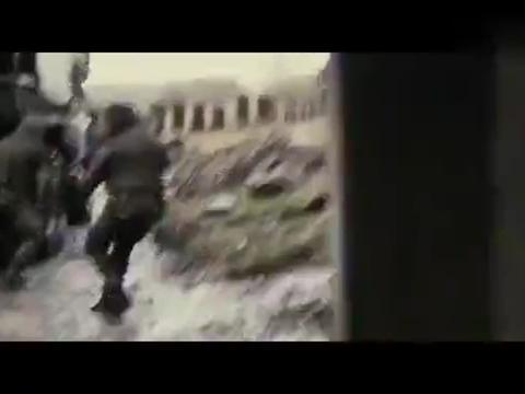 俄罗斯车臣战争片,特种兵驾车逃离,遭敌军一路狂追击