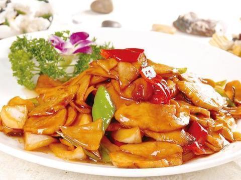 美食推荐:杏鲍菇炒鸡片,红烧鲤鱼,香辣虾,鹌鹑蛋肉丸