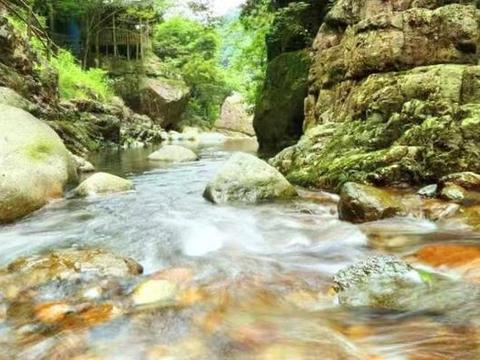 """浙江的原生态景区,被称杭州""""第一景"""",景色丝毫不输九寨沟"""