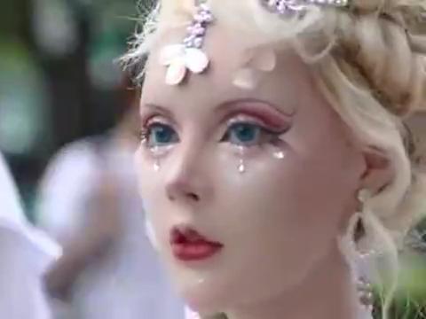 现实版芭比娃娃,漂亮,迷人,好喜欢啊