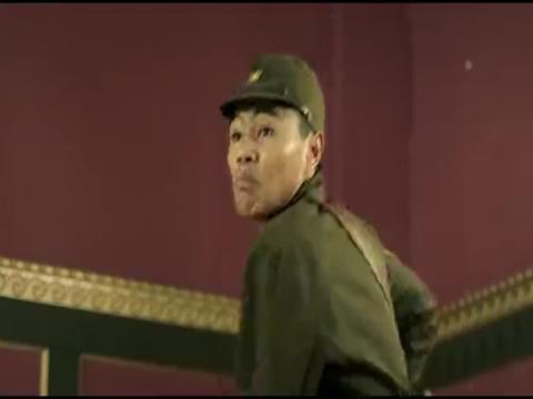 众人听到枪声慌忙逃窜,南笙与斋藤将军的恩怨正式打响