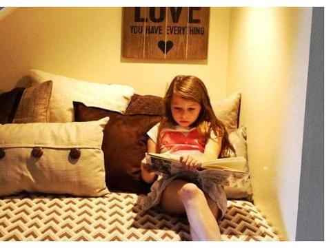 养成阅读的习惯,不仅可以增长孩子的知识,还能让他学会独立思考