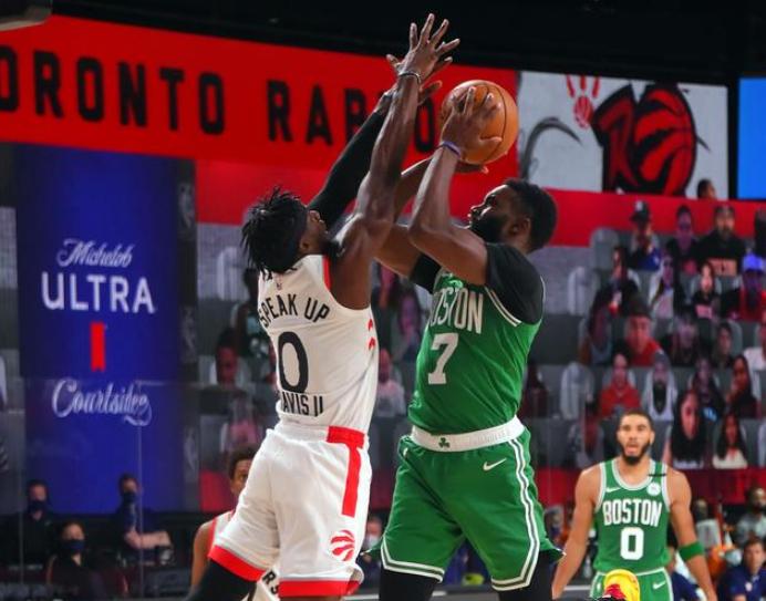 美媒预测NBA季后赛走势:保罗率队击败老东家