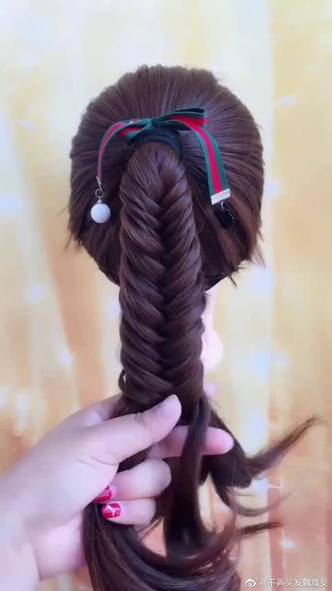欧阳娜娜超喜欢的马尾辫发型,时尚简约超可爱超美