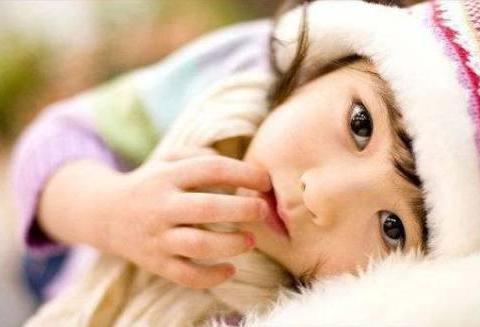 母乳喂养宝宝,哺乳期间经常吃这6种水果,宝宝眼睛漂亮视力好