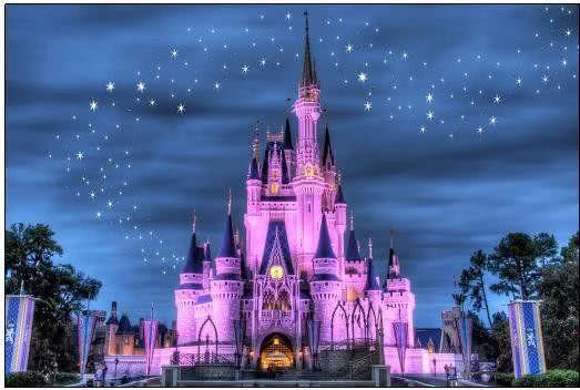 """自己也建了一座""""迪士尼"""":曾经人山人海,如今成了空城!"""