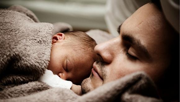父爱行为的激素调控与催产素相关
