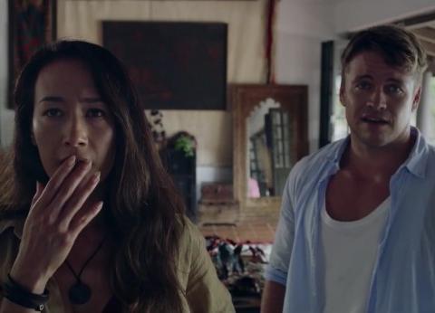 Maggie Q锤大哥主演,夫妻度假遭遇离奇事件,这部惊悚片太炸了
