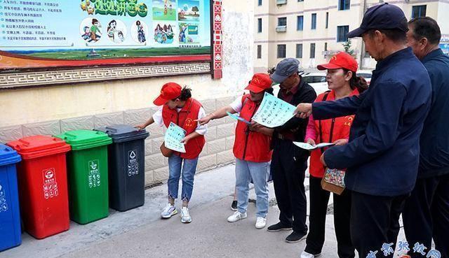 肃南:500余名志愿者助力创城攻坚战