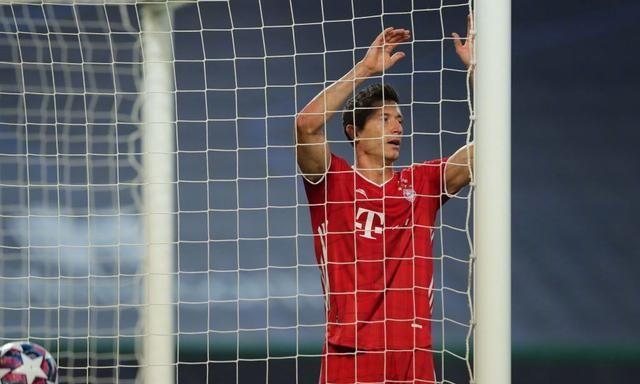 获得这场胜利之后,拜仁在本赛季欧冠迎来了10连胜,他们强势晋级到了欧冠联赛的决赛。