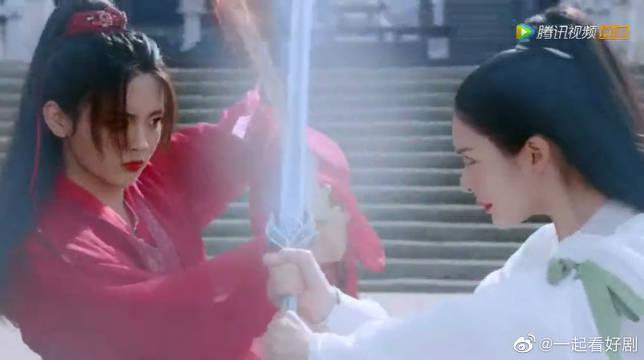 """左青鸾与凤舞""""冰火对决"""",高圣后将要举办一场寿典……"""