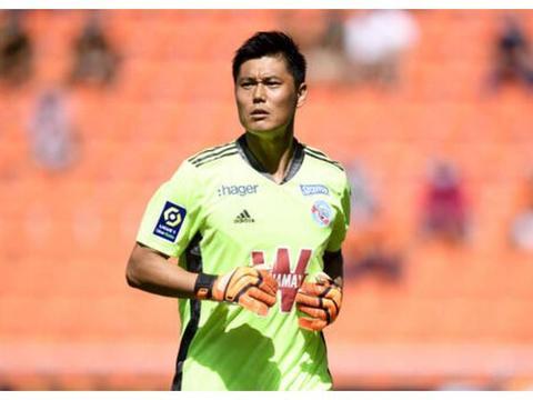 板凳一年,老将川岛永嗣再次亮相法甲联赛,创亚洲球员历史纪录