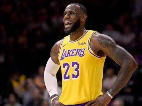 艾弗森:NBA只有4人影响到了全世界,我还差太远