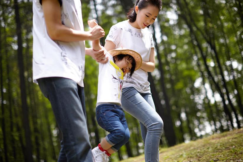 女孩开天眼蒙眼识字?父母的育儿焦虑有多可怕!