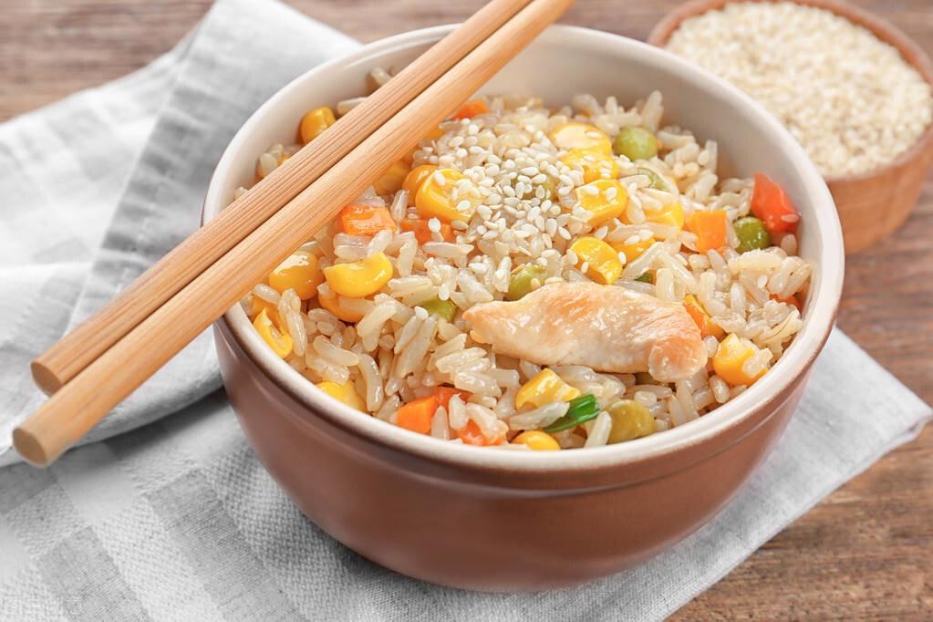 糙米膳食纤维高热量低,吃法多种多样,能天天吃吗?