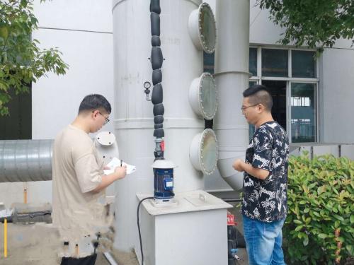 亚博APP手机版:江苏高港:环保铁军打酷暑高温执法不放松