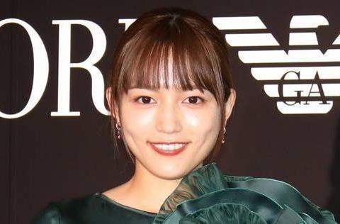 川口春奈成为安小儿麻痹症阿玛尼广告模特!11年来第一次启用
