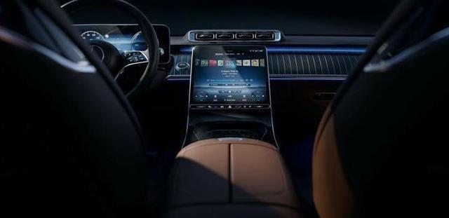 奔驰全新S级配置曝光 将于9月2日正式发布
