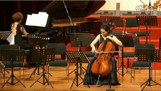 中国音乐学院学生,用大提琴演奏天津时调