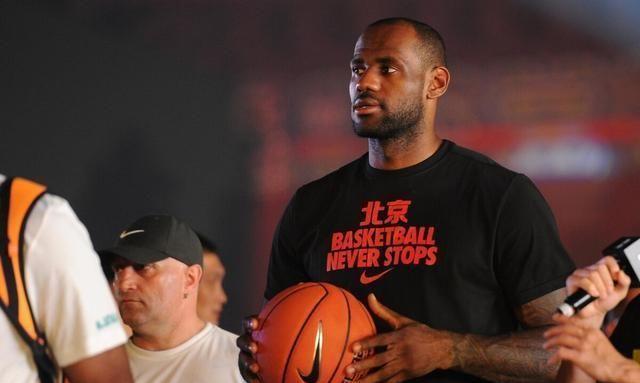 NBA罢赛这件事情是闹得沸沸扬扬,真的是越来越大了