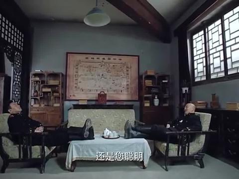 岸谷隆一很友好地把孙彪和赵金奎带来问话,他俩也很识相