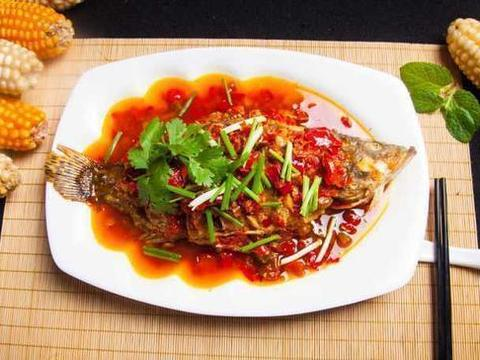 优选食谱:窖香糟辣鱼、香辣扇贝丁、炒田螺、蒜蓉茄子的做法