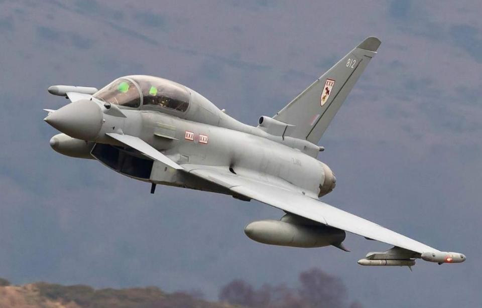 138架F35战机太烧钱,数量直接削一半,没钱实在太难了
