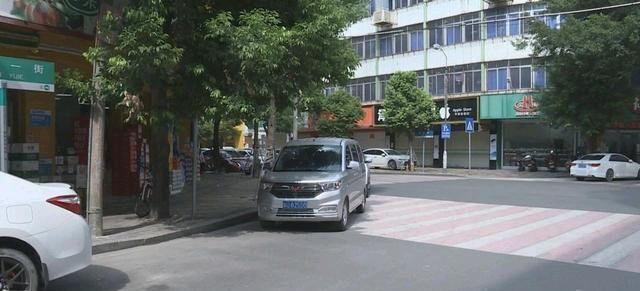潮州绿色街道交通混乱 影响交通秩序