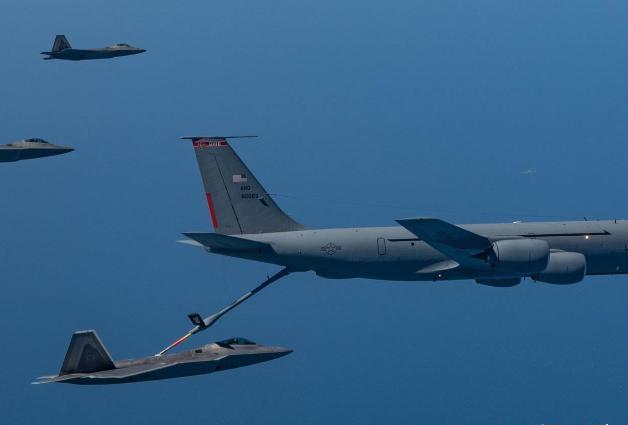 怒撞美军后,俄大批战机直扑美国本土!美专家怒斥:这是要开战?