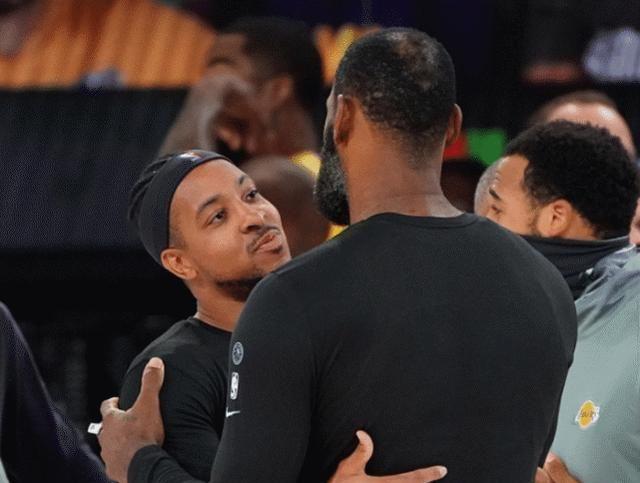 """为我们奉献了一场精彩的比赛,斯托茨赛后表示""""我告诉我的队员们"""