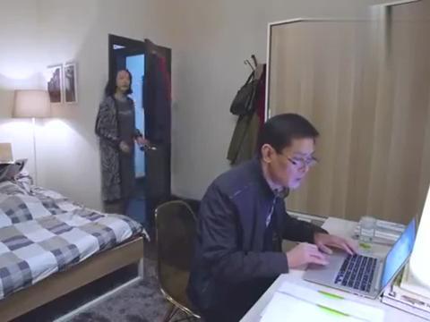 韩雪经典:黎黎看到姜阳熬夜做PPT,让姜阳把打工留给男主