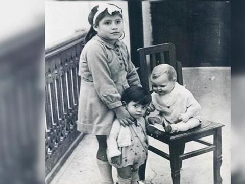 """史上最小产妇非寄生胎,5岁产子打破生育极限,儿子称她""""姐姐"""""""