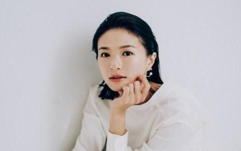 荣仓奈奈宣布怀孕,即将与丈夫贺来贤人迎来第2个宝宝啦~