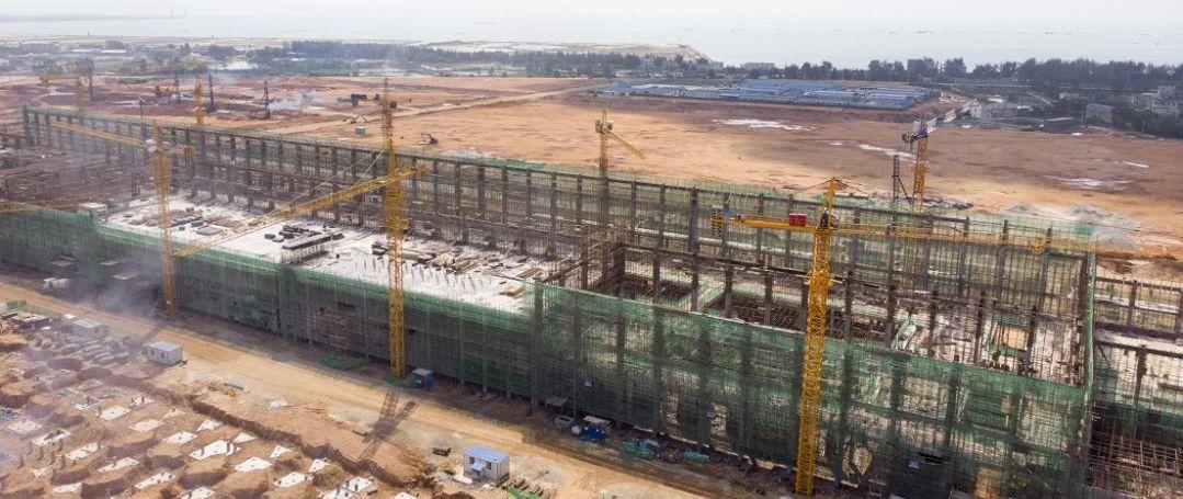 蔡锦军在铁山港区调研时强调:全力以赴做好重点项目建设和征地搬迁工作