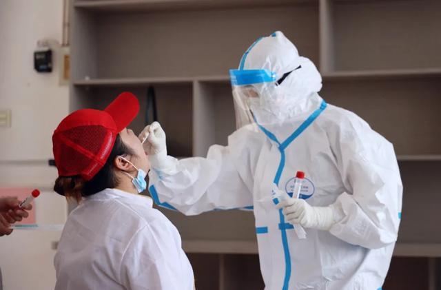 欢迎来到学校!明溪所有的教职员工都进行了核酸检测