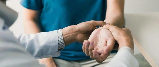 睡觉被手指麻醒,你可能患了腕管综合征!