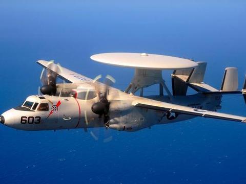 美军一架E-2C鹰眼坠毁!美媒:中国正在造与之相似的舰载预警机