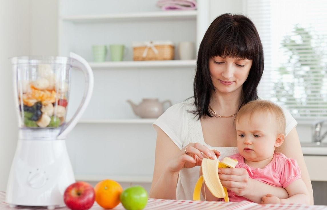 宝宝的大脑与身体发育相辅相成,妈妈要学会留下营养,规避误区