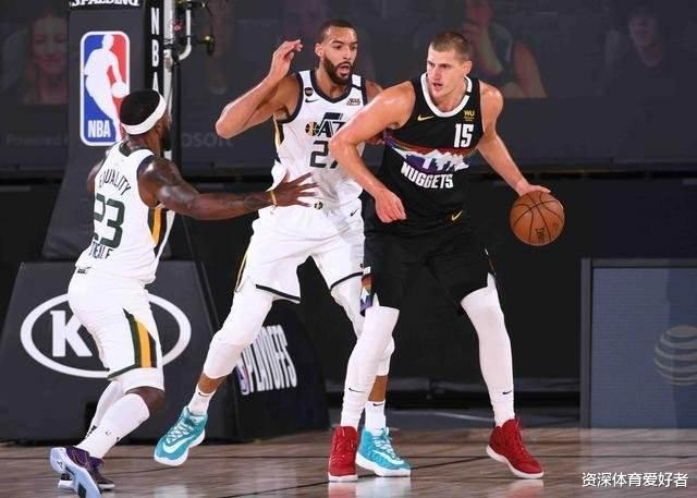 在今天上午结束的NBA季后赛中,首轮第一场抢七在掘金的胜利之下结束了