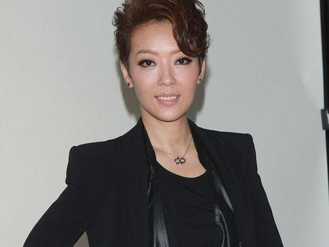 52岁郭少芸如愿续约TVB难掩兴奋,新剧搭档钟嘉欣,甘愿再做女二