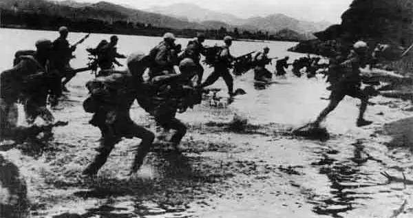 志愿军副师长张峰:一个月内,当了平壤汉城两个首都的司令