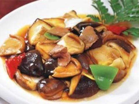 美食推荐:麻辣手撕茶树菇,葱油鲜香菇,芹菜木耳炒火腿的做法