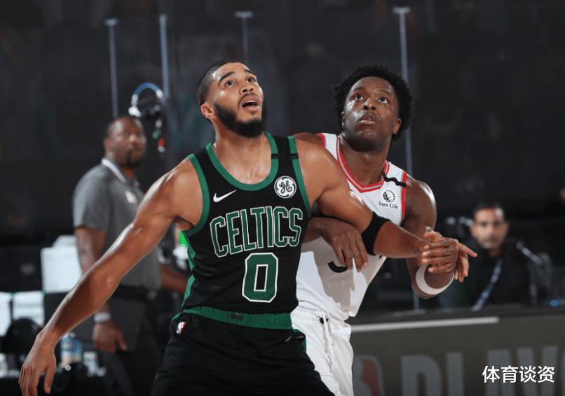 NBA季后赛绿军对阵猛龙,上一场比赛猛龙输球,绿军暂时大比分1-0领先