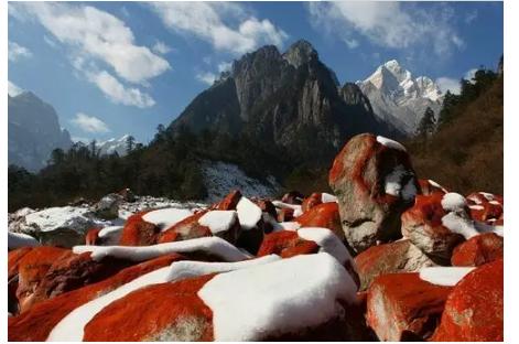 2020想去中国四川旅游的景点:稻城亚丁、