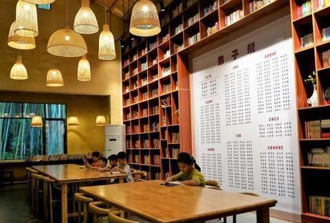 """寻找""""诗与远方""""!北流有个最美乡村图书馆~"""
