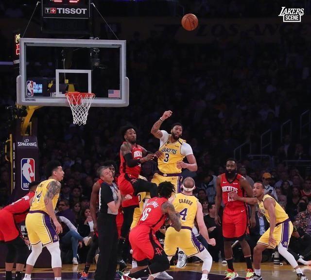 NBA的季后赛正在举行,而值得一提的就是西部的比赛真的是让人非常期待